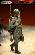 スターリングラード[ST3108]1/35ロシア兵クルスク1943(8)弾薬箱を持つ兵士