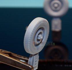 画像3: DEF.MODEL[DW30013]イギリス ウィリス SAS ジープ 自重変形タイヤ(タミヤ用)