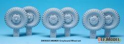 画像2: DEF.MODEL[DW30025]WW2 米 M8/M20 グレイハウンド 自重変形タイヤセット(タミヤ用)