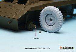 画像4: DEF.MODEL[DW30025]WW2 米 M8/M20 グレイハウンド 自重変形タイヤセット(タミヤ用)