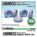 DEF.MODEL[DW35046]ドイツ ウニモグ Lkw 2t 自重変形タイヤ(レベルキット用)