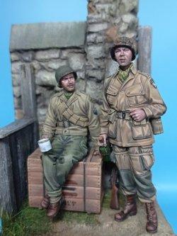 画像1: The Bodi[TBO35169]1/35 WW.II 米軍空挺兵 & 歩兵セット  ノルマンディー 1944年 (ベース付き)